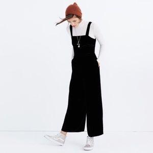 Madewell size 6 black crushed velvet jumpsuit